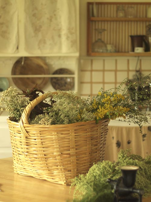 autumn-kitchen-basket