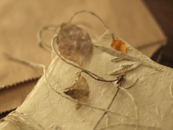 delicate-leafy-garland